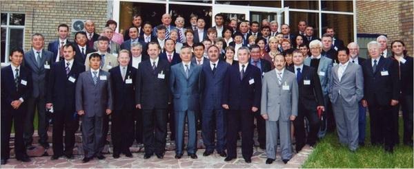 Участники научно-практической конференции, пос вопр создания Межгос станд на битумы нефтяные  дорожные, г. Боровое, Казахстан